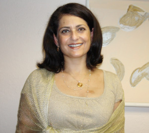 Head-and-shoulders photo of Dalia Al-Othman, patient advocate and the Founder of Health Care Navigators, LLC